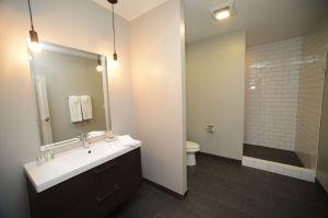 bathroom-hotel-kilbourne